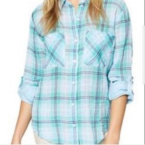 Gauzy plaid shirt